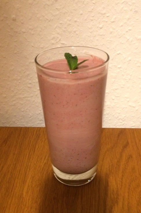Erdbeer-Minze-Smoothie.jpeg